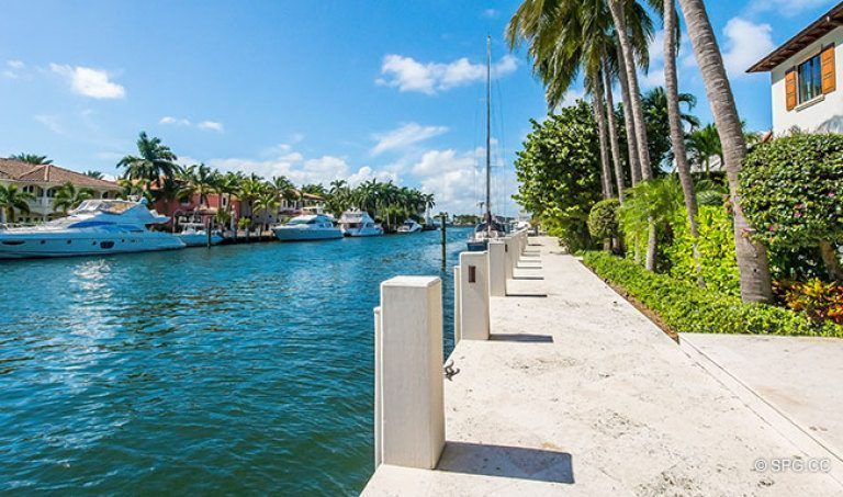 Deep Water Dockage For The Luxury Waterfront Homes In Harbor Beach Fort Lauderdale Florida