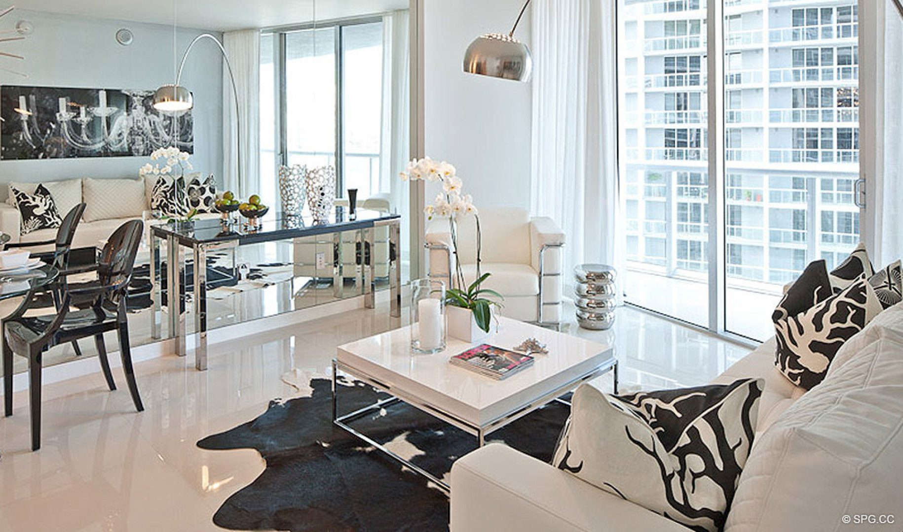 Stylish Design at ICON Brickell, Luxury Waterfront Condominiums Located at 475 Brickell Ave, Miami, FL 33131