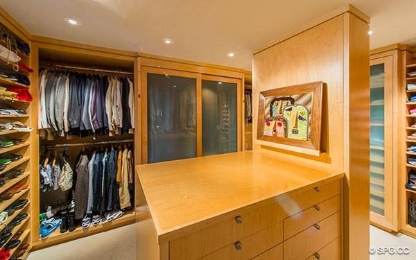 ... Custom Full Walk In Closet In Grand Penthouse 29A, Tower II At The  Palms ...