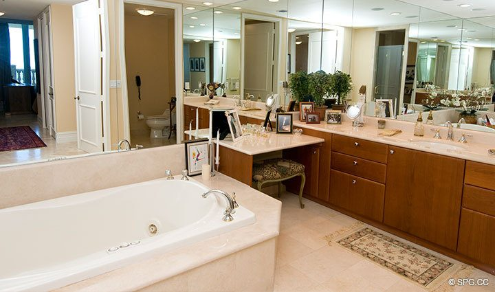 Master Bathroom at Luxury Oceanfront Residence at 25D, Tower II, The Palms Condominium, 2110 North Ocean Boulevard, Fort Lauderdale Beach, Florida 33305, Luxury Seaside Condos