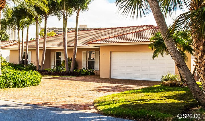 Front Residence 3210 NE 38th St. For Sale, Luxury Waterfront Home Fort Lauderdale, Florida 33308