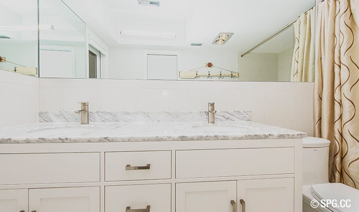 Master Bath Residence 3210 NE 38th St. For Sale, Luxury Waterfront Home Fort Lauderdale, Florida 33308