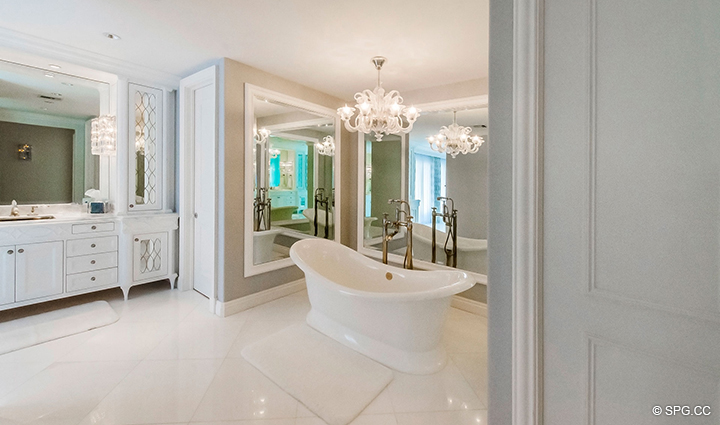 Master Bath Tub in Estate Home 709 Idlewyld Drive, Fort Lauderdale, Florida 33301