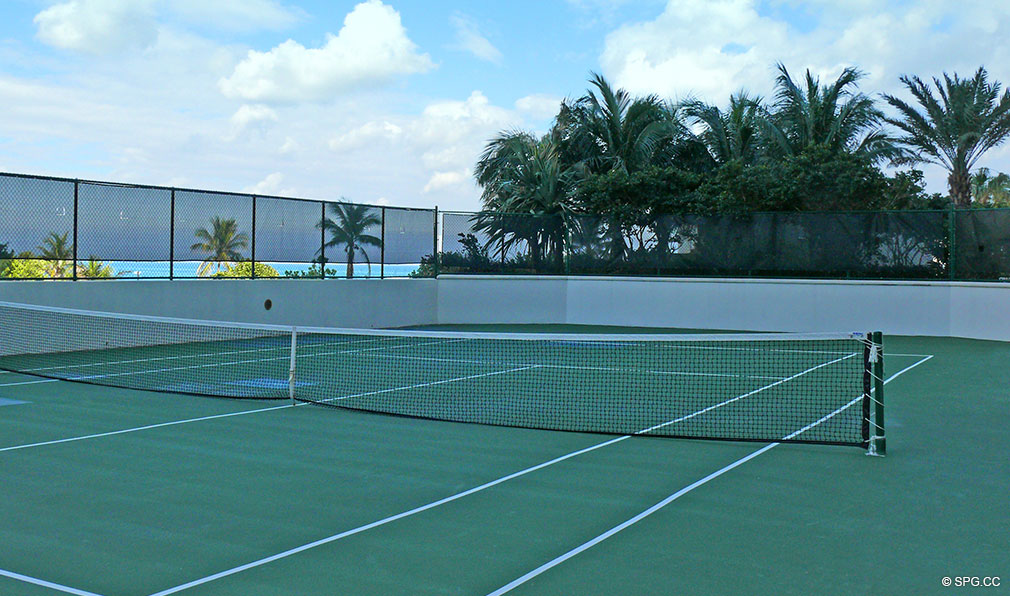 Ocean Palms Tennis Courts, Luxury Oceanfront Condominiums Located at 3101 S Ocean Dr, Hollywood Beach, FL 33019